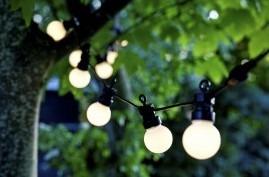 Lej en lyskæde med 40 pærer til din fest